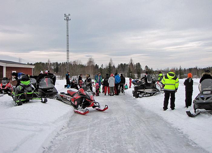 03-Skotrar-vid-Rinken-2.jpg