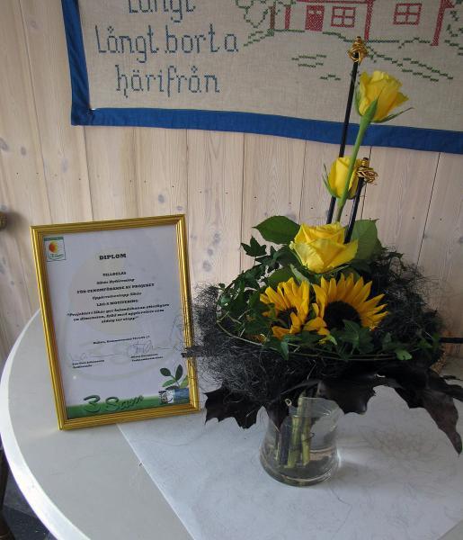 03 diplom med blommor