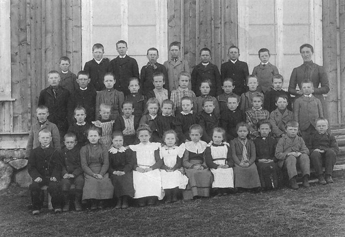15 skolbarn från 1899.