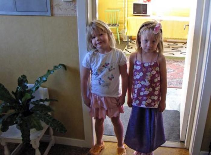 2 söta flickor