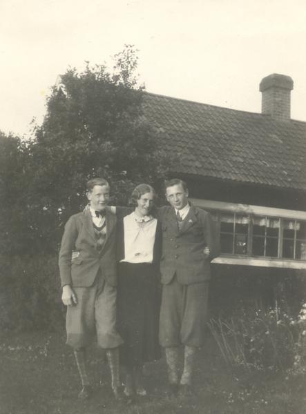 utanför cafeét 1932